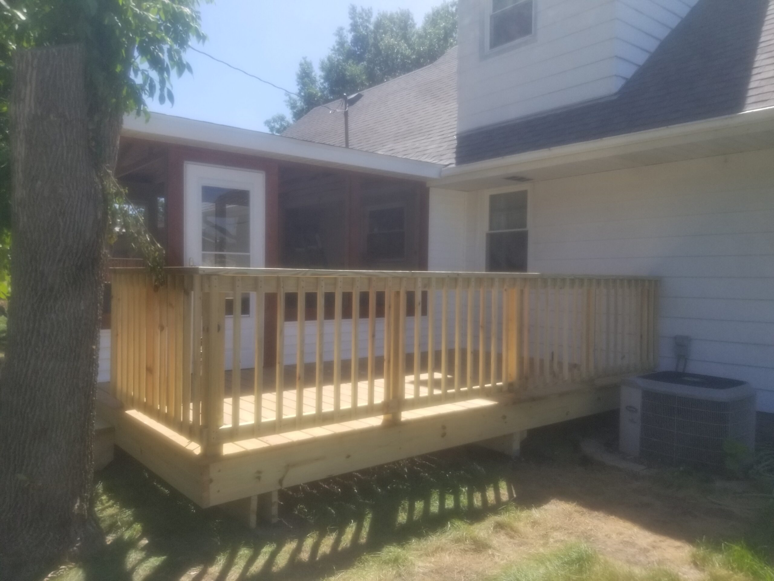 custom deck and screened in porch, Camanche Iowa